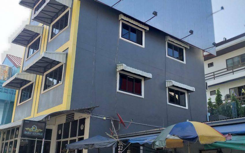 ขายถูกมากอาคารพาณิชย์5ชั้นพร้อมผู้เช่าซอยบัวขาวพัทยา
